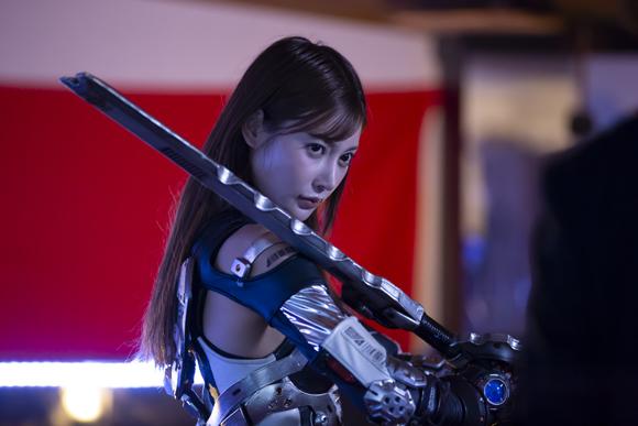 irongirl-fw_001.jpg